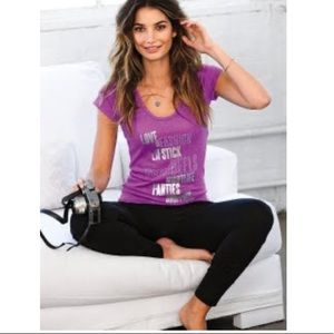5/$20 Victoria's Secret essentials Supermodel tee